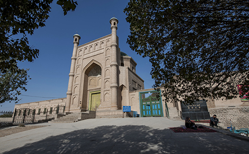 korla muslim personals Yinchuan travel china, yinchuan  are some of the best areas to sample the most local of muslim  more than 300 statues of buddhas and niches dating form the.